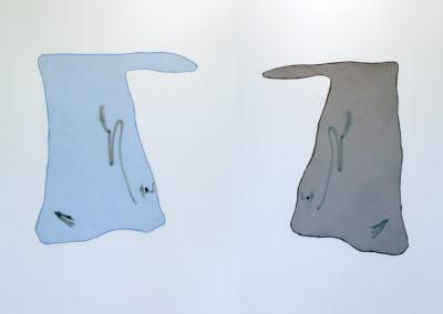 <strong>deux sur face, un geste: dyptique</strong><br />2019<br /><em>Collage with synthetique fabric and spray paint,<br /> 120 x 95 cm</em>